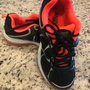Danskin Now athletic shoes